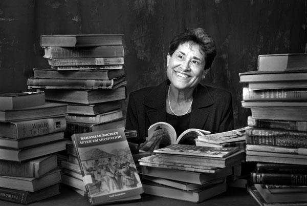 Portrait of Dr. Gail Saunders